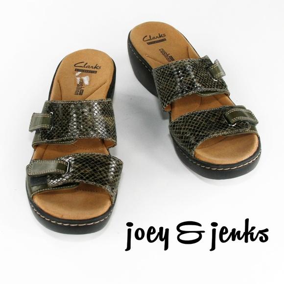4fbb735c95ff Clarks Shoes - 🆕Clarks Olive Delana Fenela Wedge Sandals Size 9